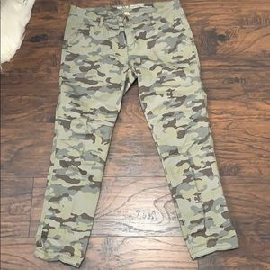 Camou khakis from Gap.